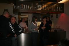 A7_warten_an_der_Bar